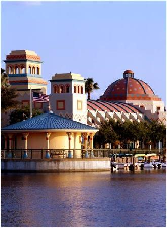 Disney S Coronado Springs Resort Lake