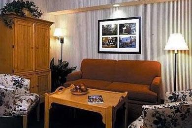 Williamsburg woodlands hotel suites williamsburg va - 2 bedroom hotel suites in williamsburg va ...