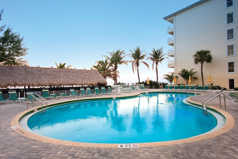 Wyndham Royal Vista 1110 South Ocean Boulevard Pompano Beach 33062 Fl 290 Reviews