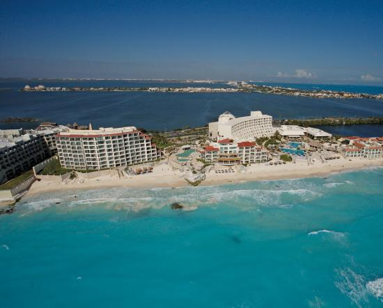 Cancun Caribe Park Royal Grand Hotel Cancun What To Know Before You Bring Your Family