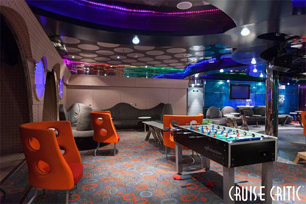 Carnival Cruise Club O2.
