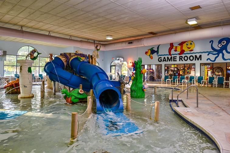 AtlantisFamily Waterpark Hotel; Courtesy of Wisconsin Dells CVB