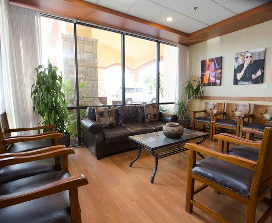 wyndham garden hotel austin austin tx 2019 review. Black Bedroom Furniture Sets. Home Design Ideas
