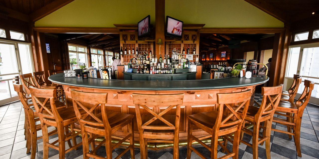 Round Island Bar at Straits Lodge at Mission Point Resort; Courtesy of Mission Point Resort