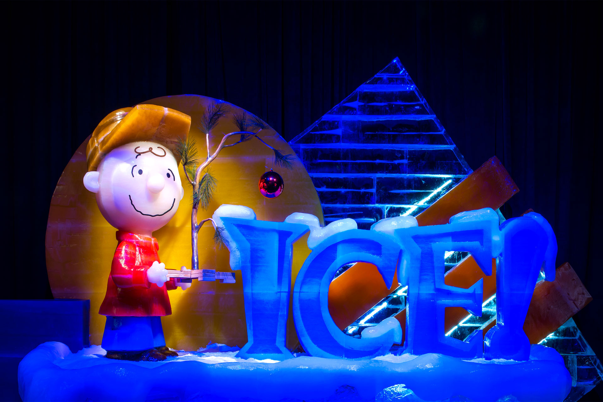 ICE! featuring A Charlie Brown Christmas a tGaylord hotels.