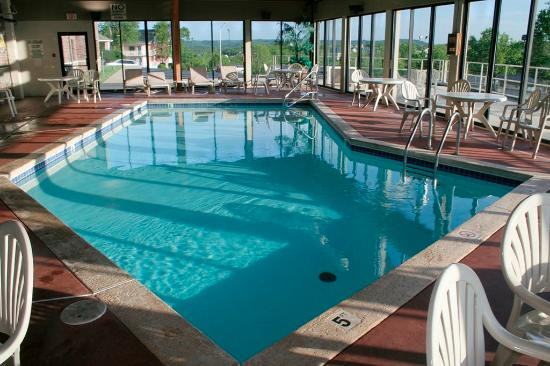 Grand Oaks Hotel Branson Mo What To Know Before You Bring Your Family