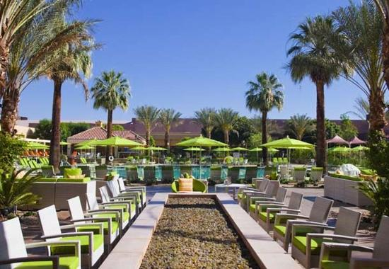 renaissance palm springs hotel palm springs ca 2019 review rh familyvacationcritic com renaissance palm springs hotel parking renaissance palm springs hotel and convention center