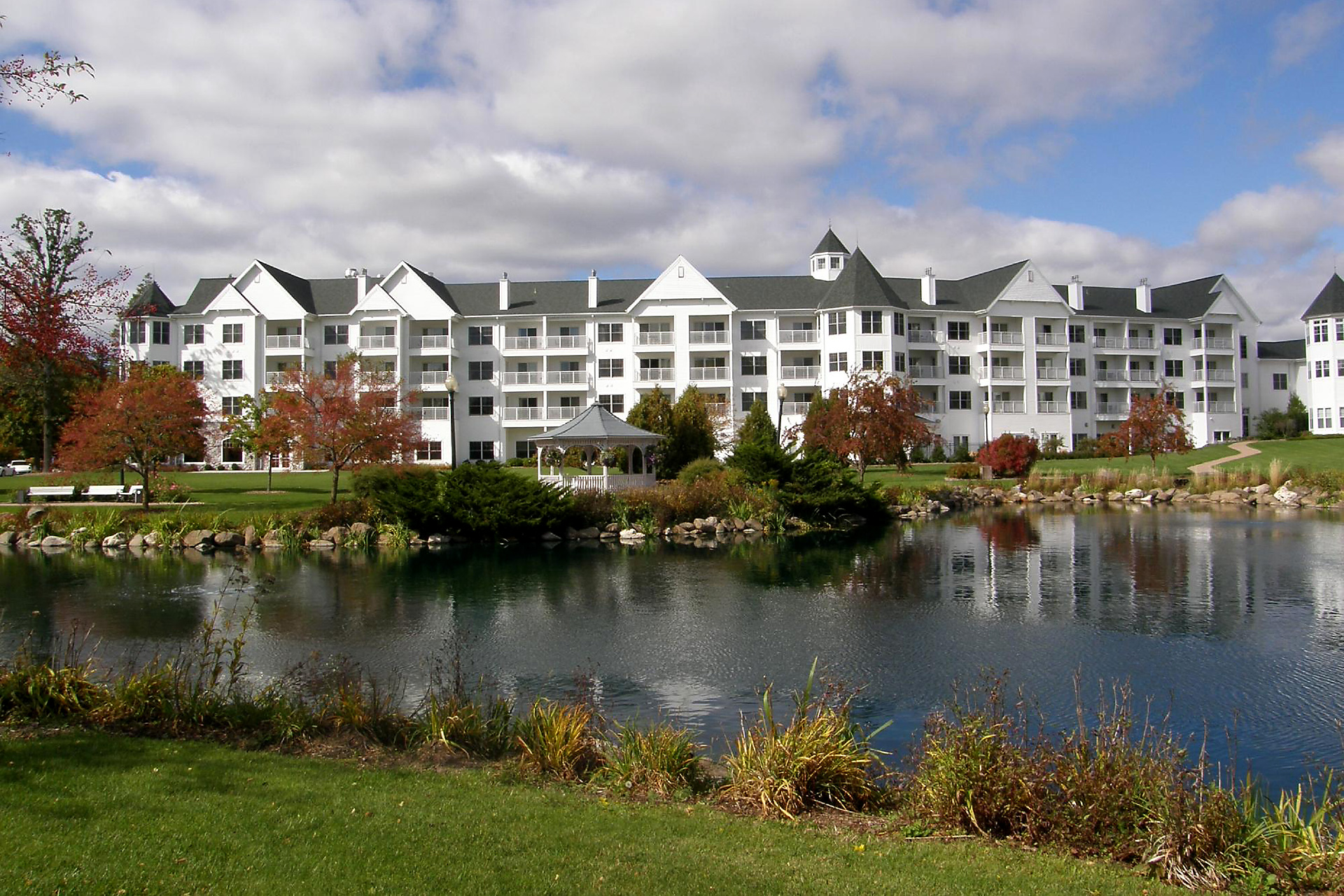 10 Classic Midwest Lake Resorts for Families | Family