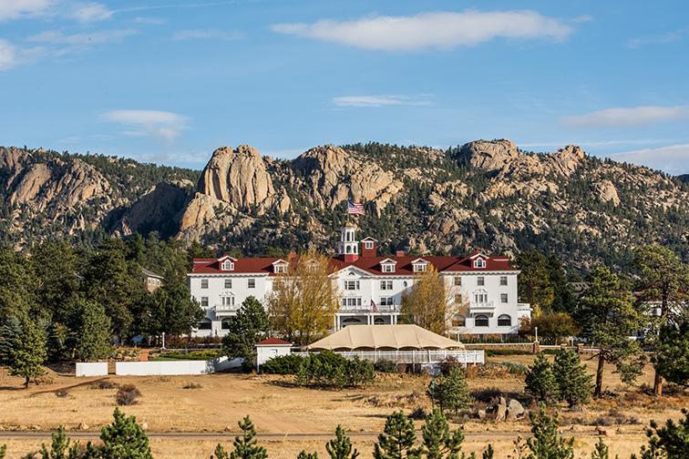 The Stanley Hotel ; Phillip Rubino/Shutterstock