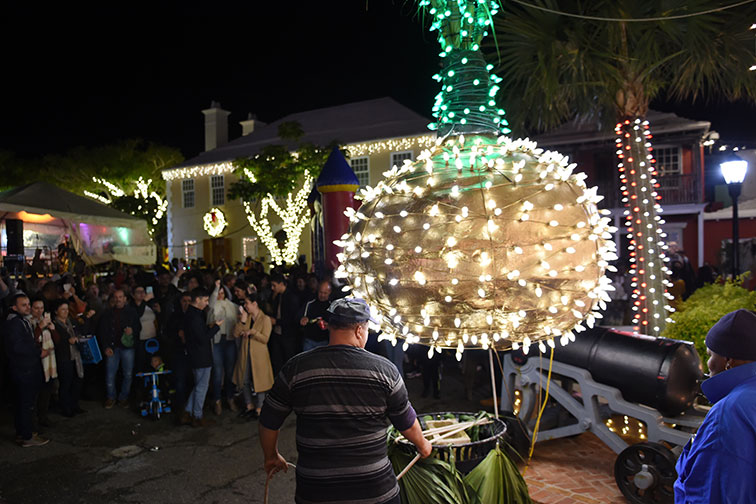 Onion Drop on New Year's Eve in Bermuda