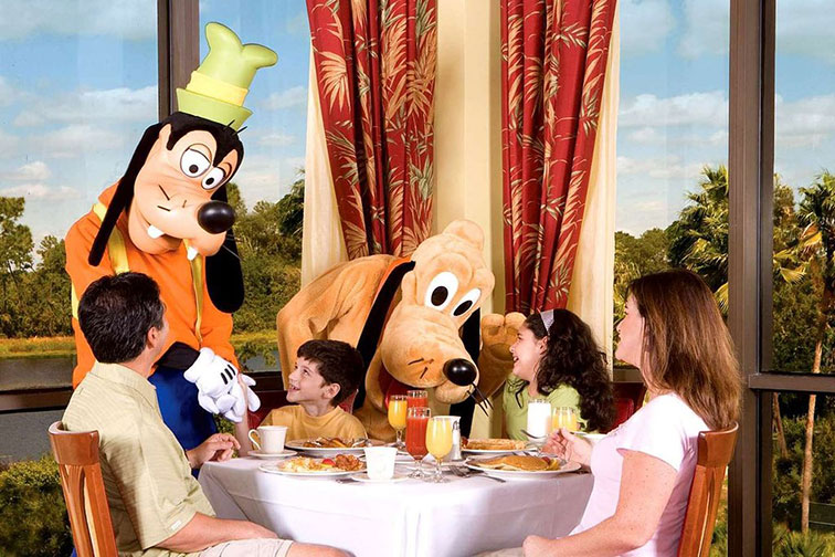 Character Breakfast at Wyndham Lake Buena Vista Resort