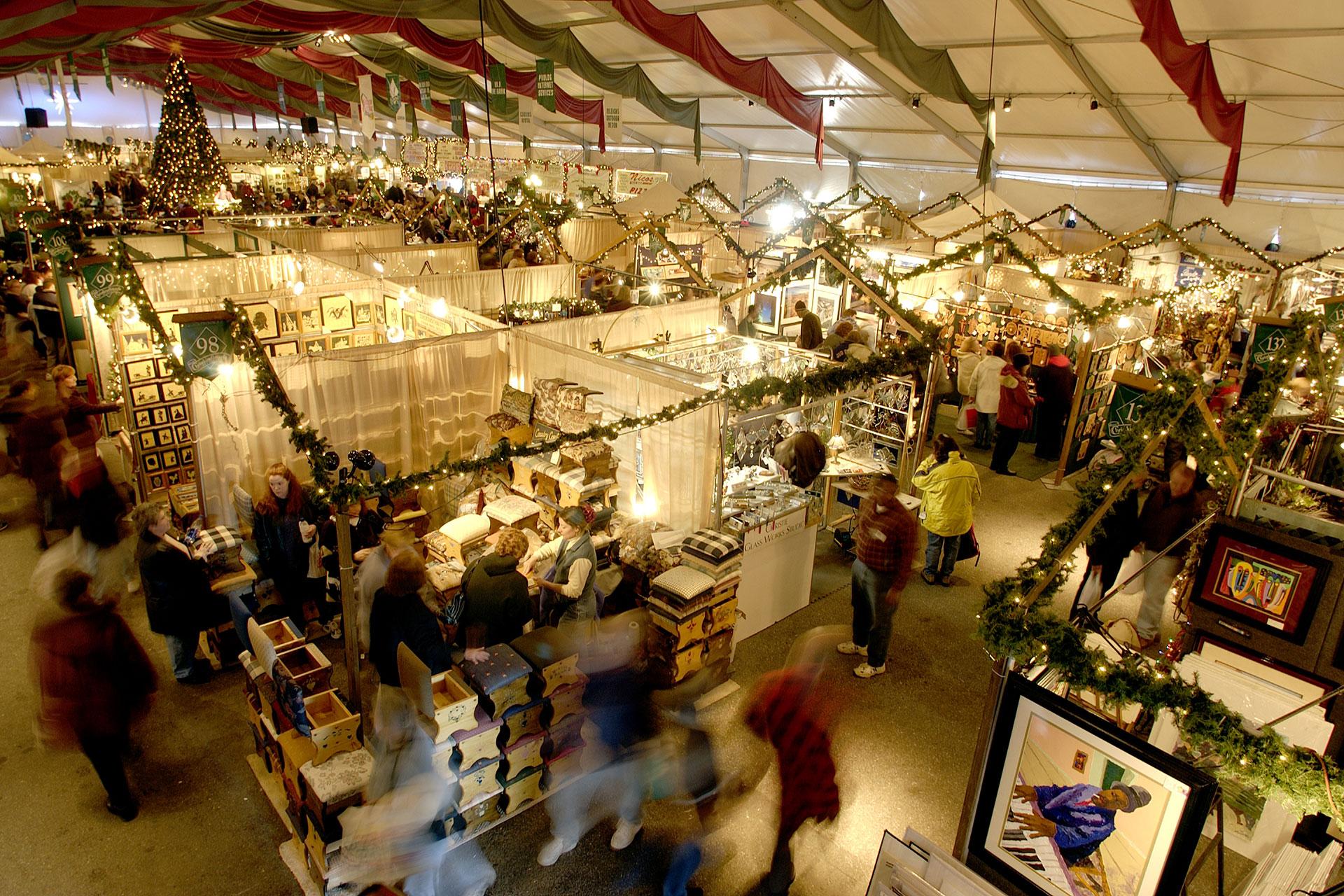 Christkindlmarkt Bethlehem; Courtesy of Discover Lehigh Valley