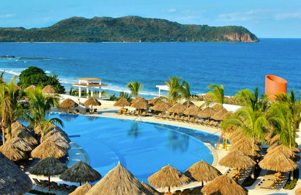 7 Best All Inclusive Puerto Vallarta Resorts For Families