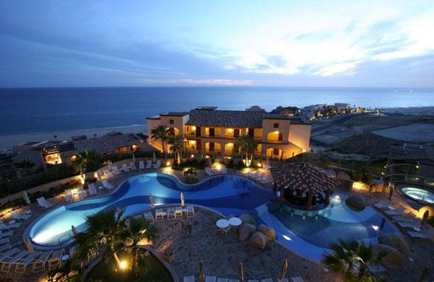 Pueblo Bonito Sunset Beach Resort in Los Cabos