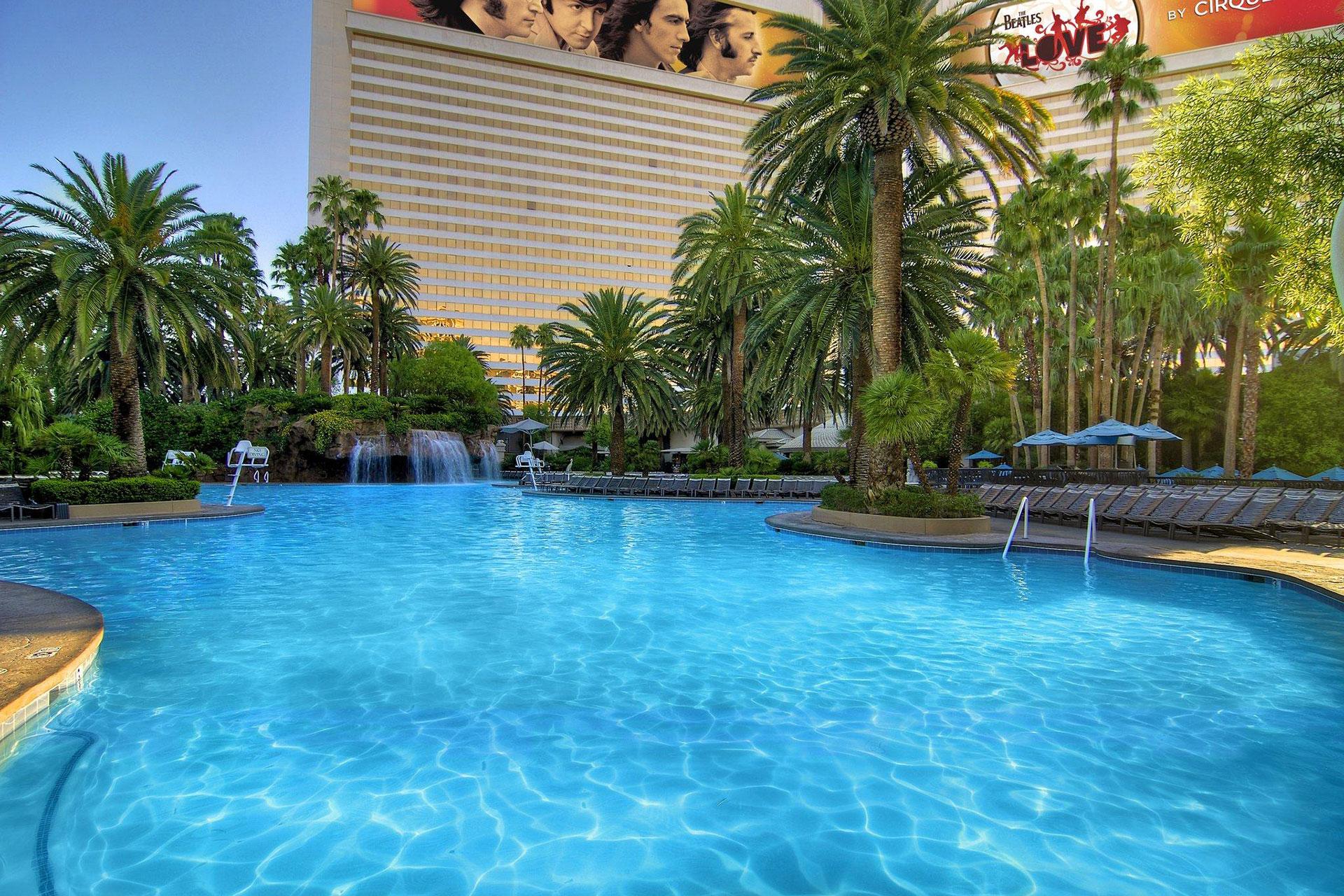 Pool at The Mirage Hotel & Casino in Las Vegas