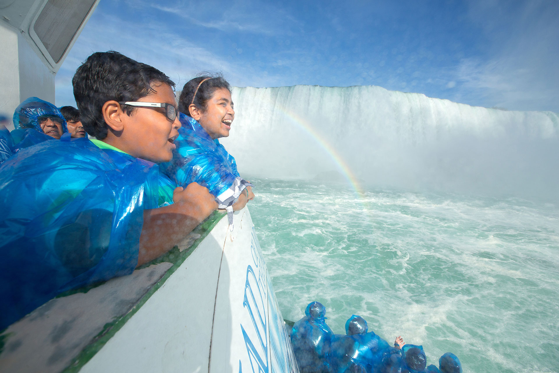 Niagara Falls Ny Vs Niagara Falls Canada Family Vacation Critic