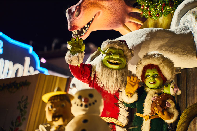 Universals Holiday Parade featuring Macys; Courtesy of Universal Orlando Resort