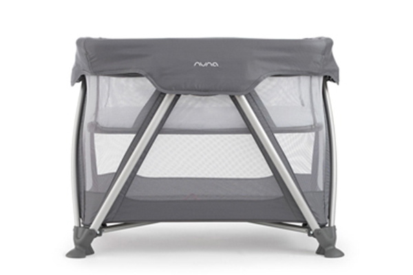 Nuna Sena Mini Travel Cot.