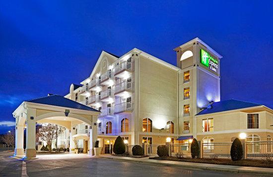 Holiday Inn Express Asheville Biltmore Square Mall Asheville Nc