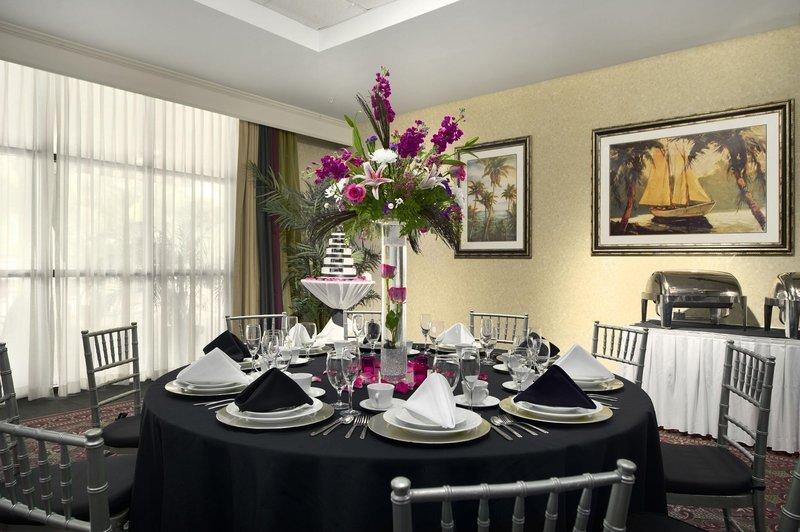 Embassy Suites By Hilton Fort Myers Estero Estero Fl