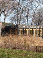 Family Restaurants Near Chicago Botanic Garden Wrigleyville Dogs Explore Margie S Cans North Pond