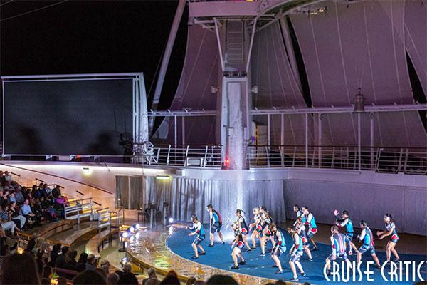 AquaTheater onboard Royal Caribbean Harmony of the Seas.