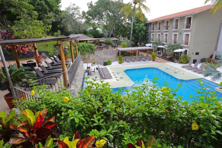 Pool at Binniguenda All Inclusive in Huatulco; Courtesy of Binniguenda All Inclusive