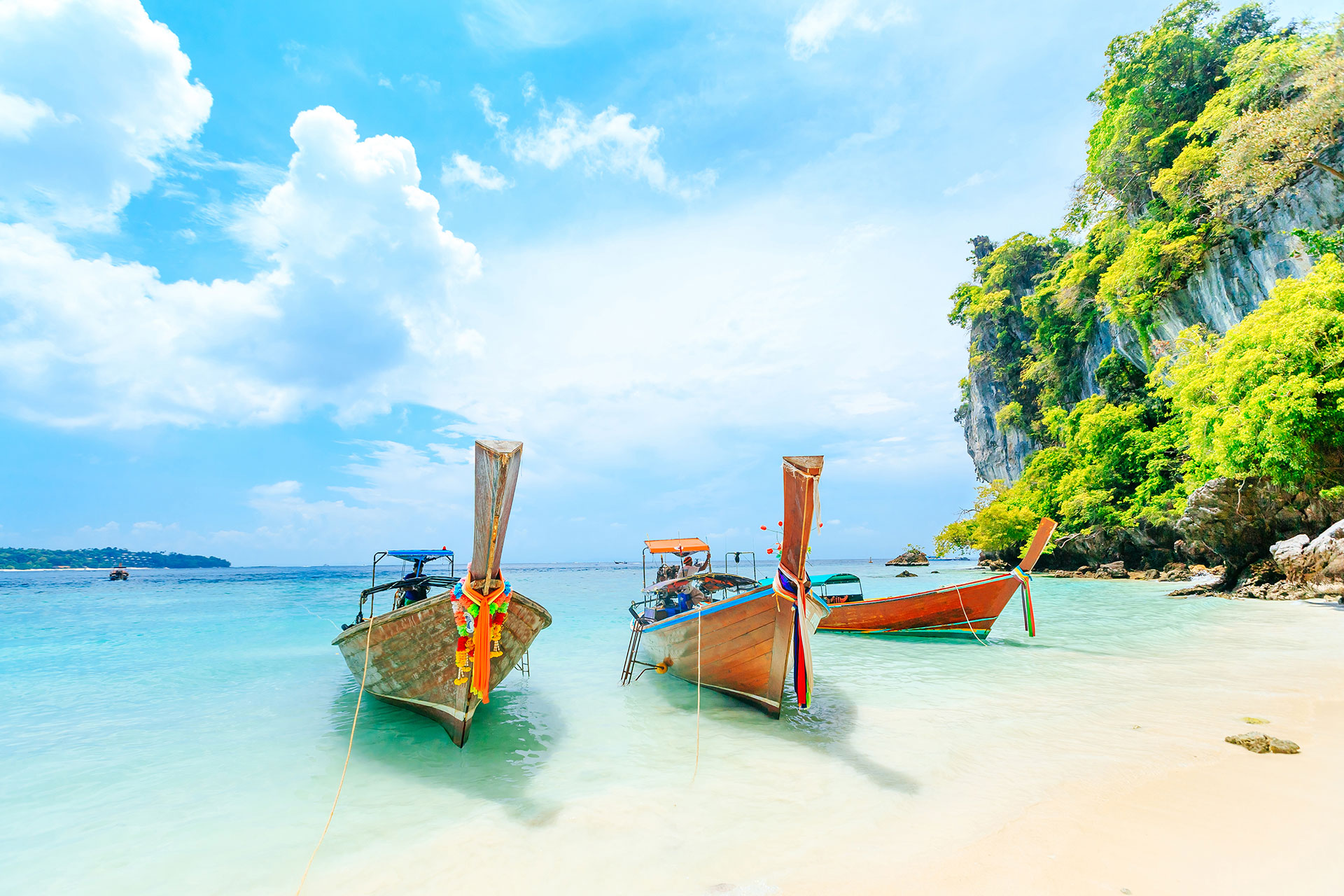 Thailand; Courtesy of CHAINFOTO24/Shutterstock.com