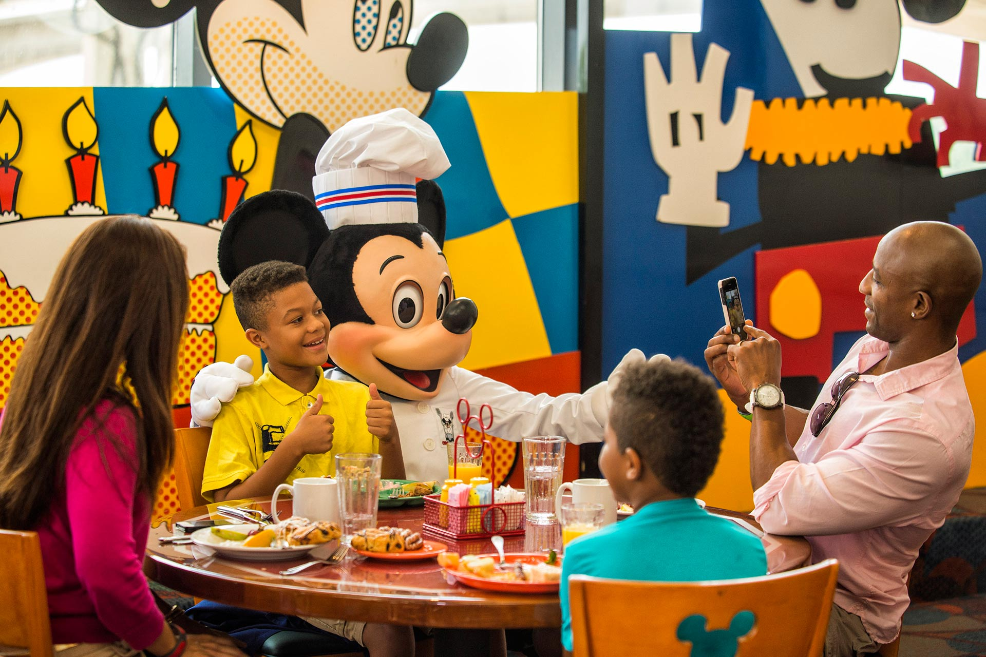 Chef Mickey's at Disney's Contemporary Resort, Disney World.