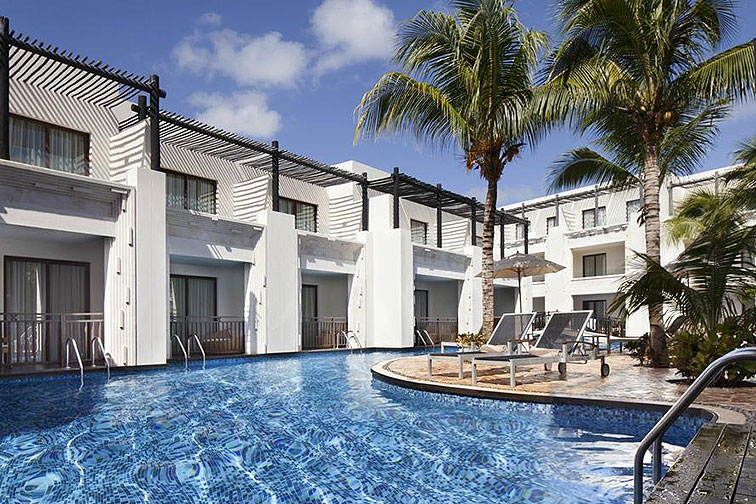 Azul Beach Resort Riviera Maya Swim-Up Suite