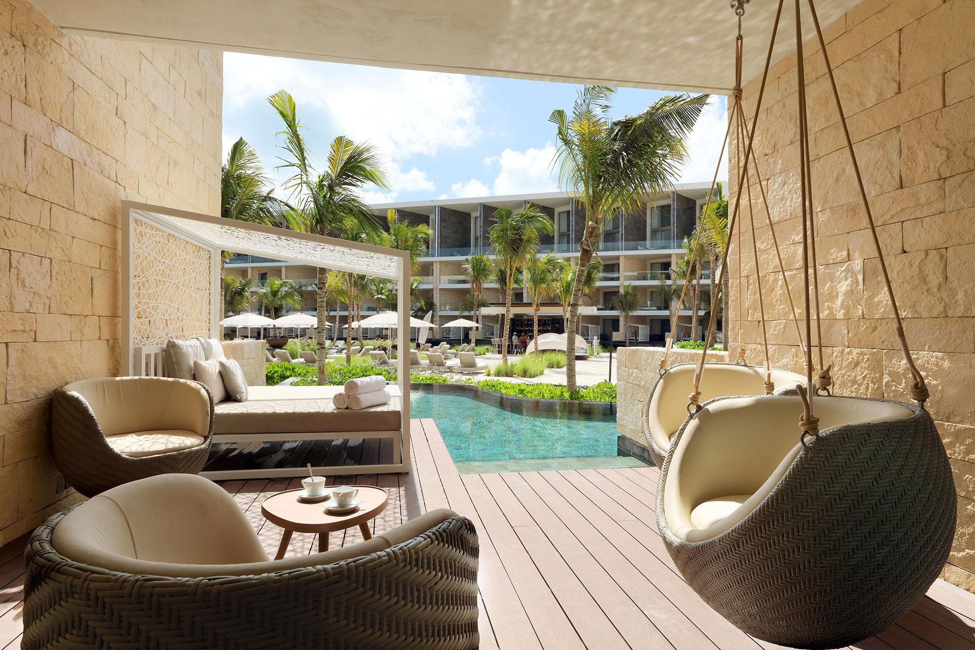 Swim-Up Suites at Grand Palladium Costa Mujeres Resort & Spa; Courtesy of Grand Palladium Costa Mujeres Resort & Spa