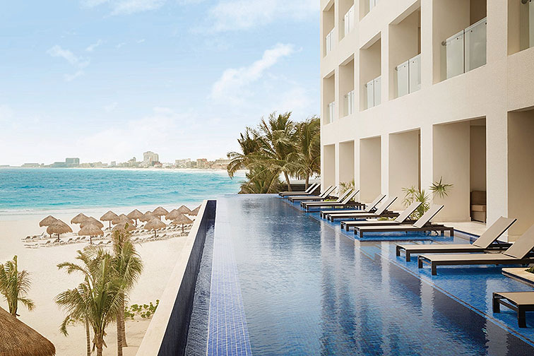 Swim-Up Suites at Hyatt Ziva Cancun