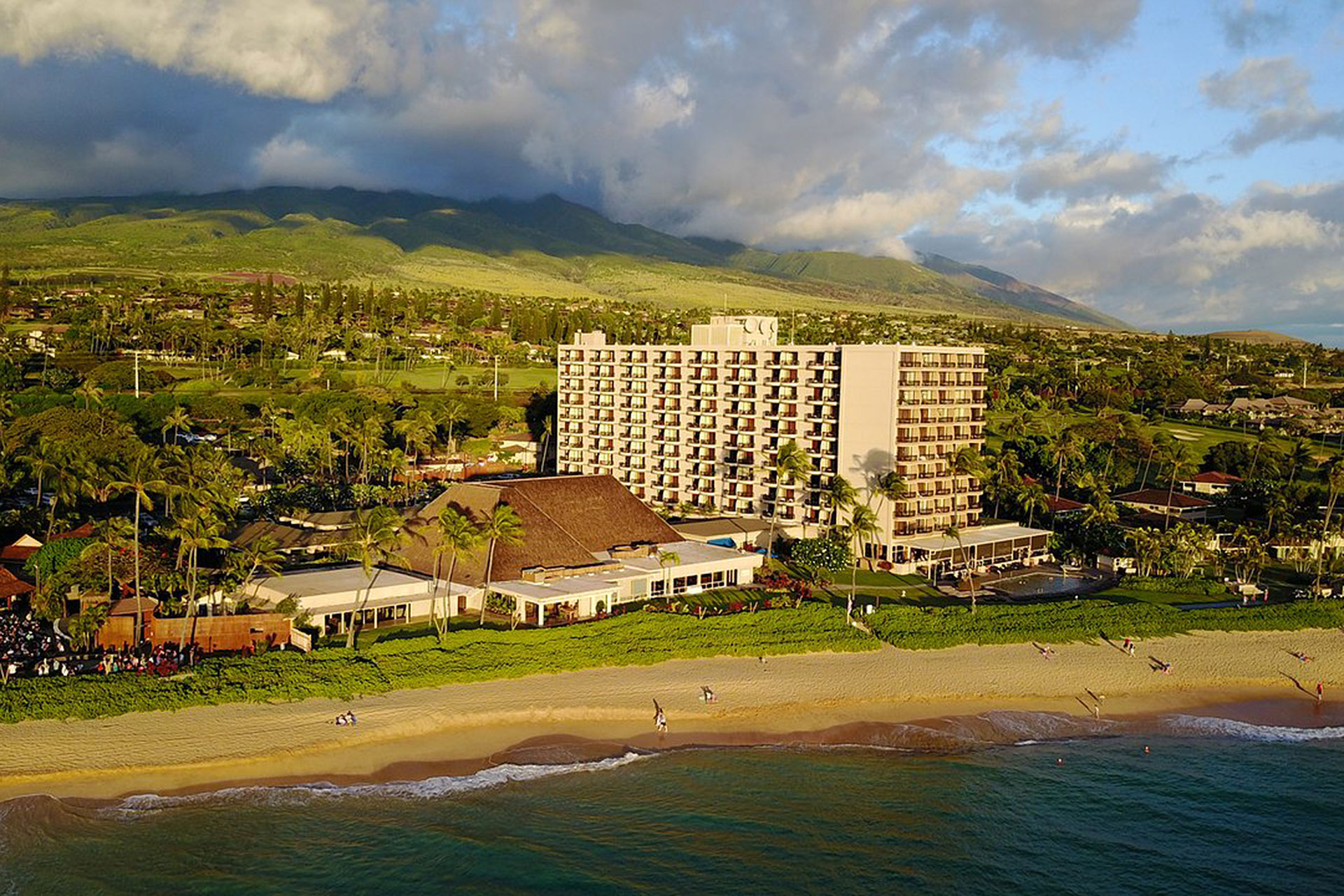 Royal Lahaina Resort; Courtesy of Royal Lahaina Resort