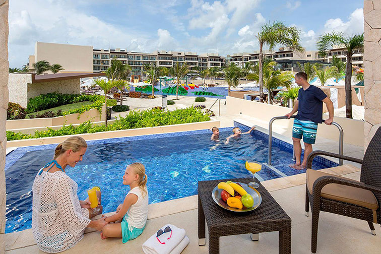 Swim-Up Room at Royalton Riviera Cancun Resort & Spa