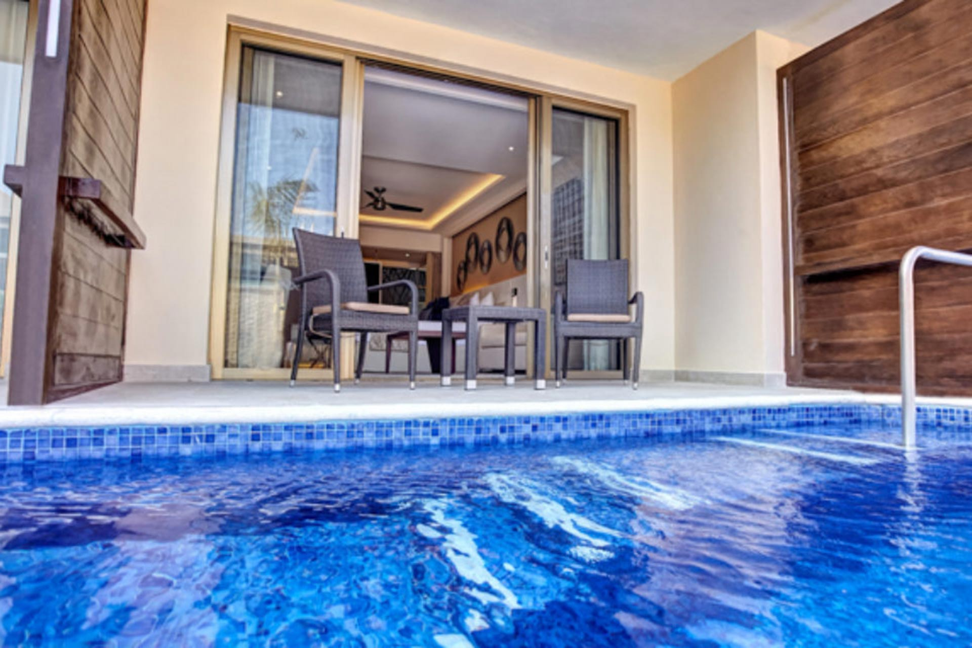 Swim-up suite at Royalton Riviera Cancun Resort & Spa in Mexico.