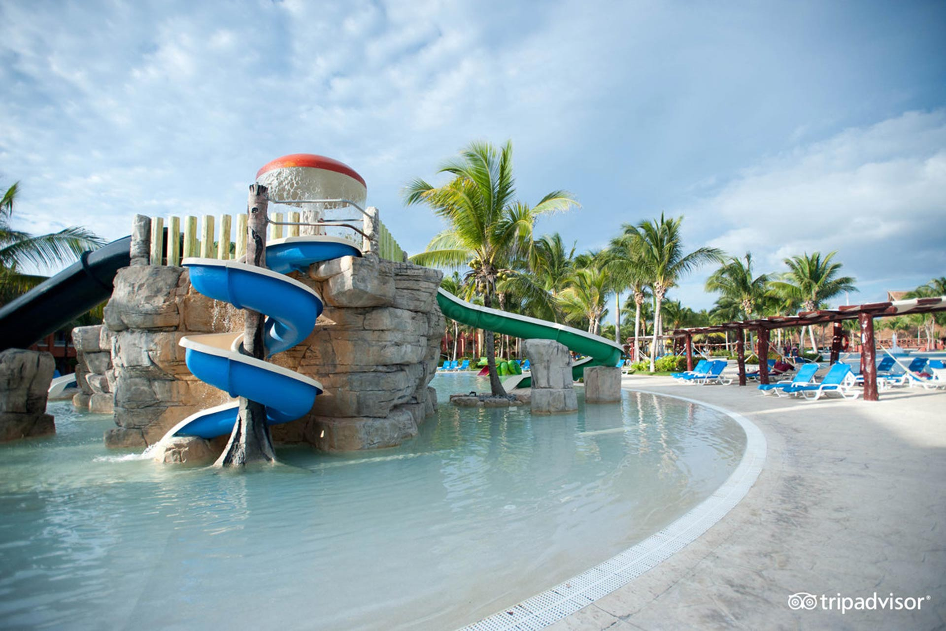 The Kiddy Pool at the Barcelo Maya Colonial
