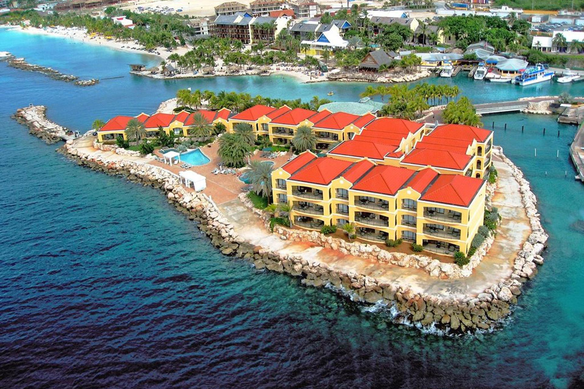 Royal Sea Aquarium Resort in Curacao