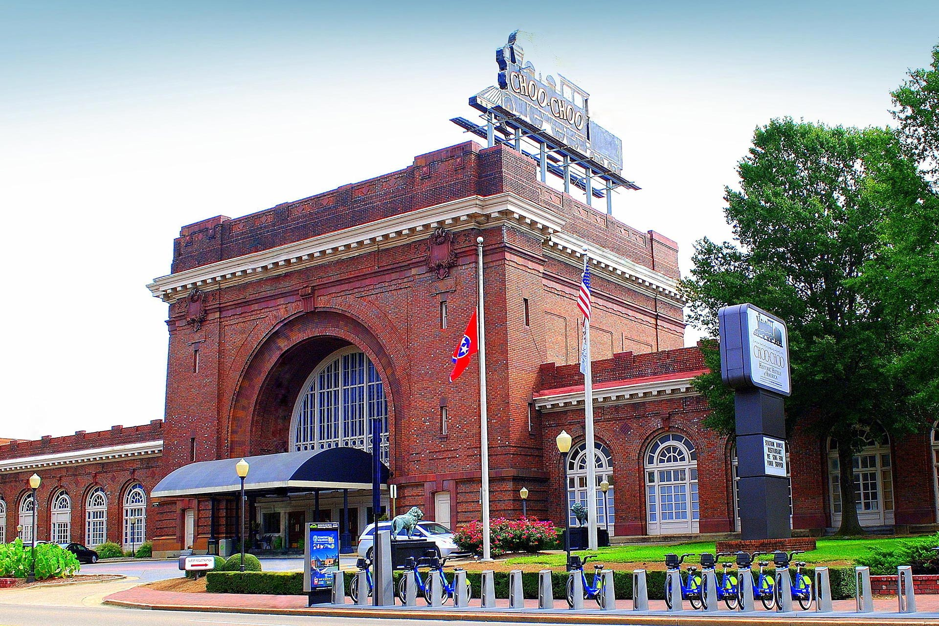 Chattanooga Choo Choo Hotel; Courtesy of Chattanooga Choo Choo Hotel