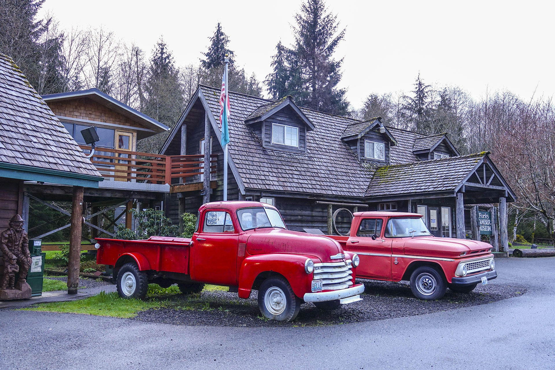 Bellas Car in Forks Washington