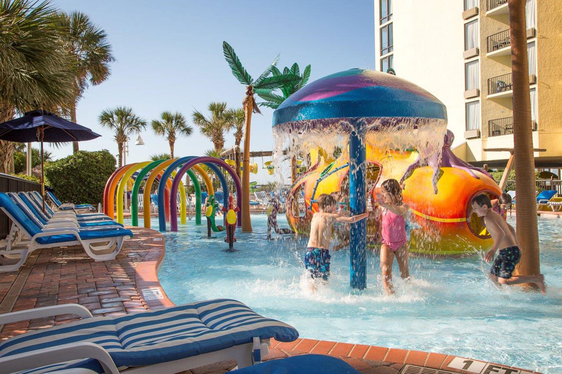 Myrtle Beach Hotels >> 7 Best Hotels With Water Parks In Myrtle Beach Family Vacation Critic