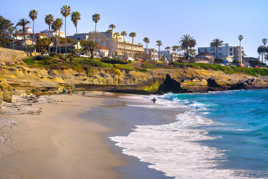 La Jolla Family Vacations; Courtesy of Dancestrokes/Shutterstock.com
