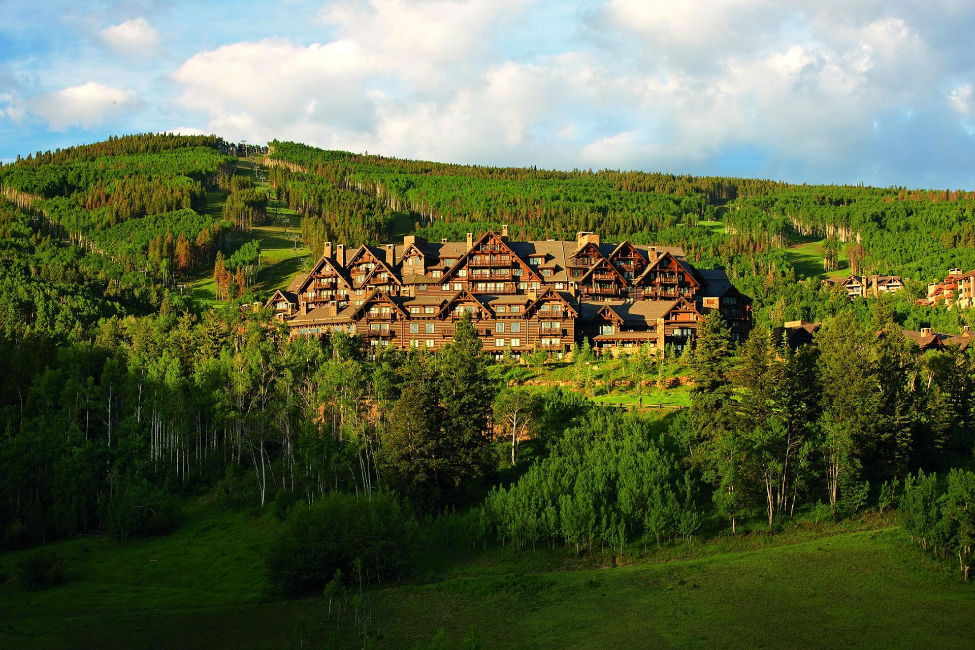 The Ritz-Carlton, Bachelor Gulch; Courtesy of The Ritz-Carlton, Bachelor Gulch