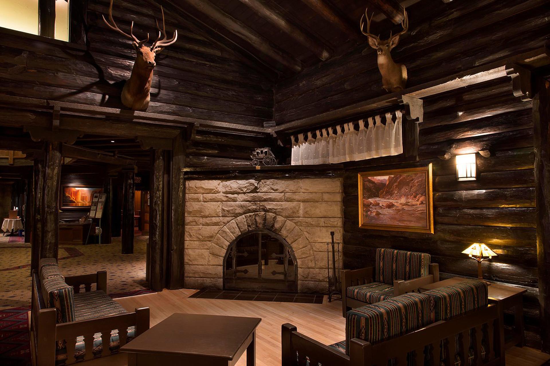 El Tovar Lodge in Grand Canyon National Park; Courtesy of El Tovar