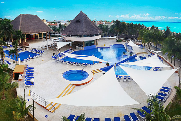 Viva Wyndham Maya in Playa del Carmen, Mexico