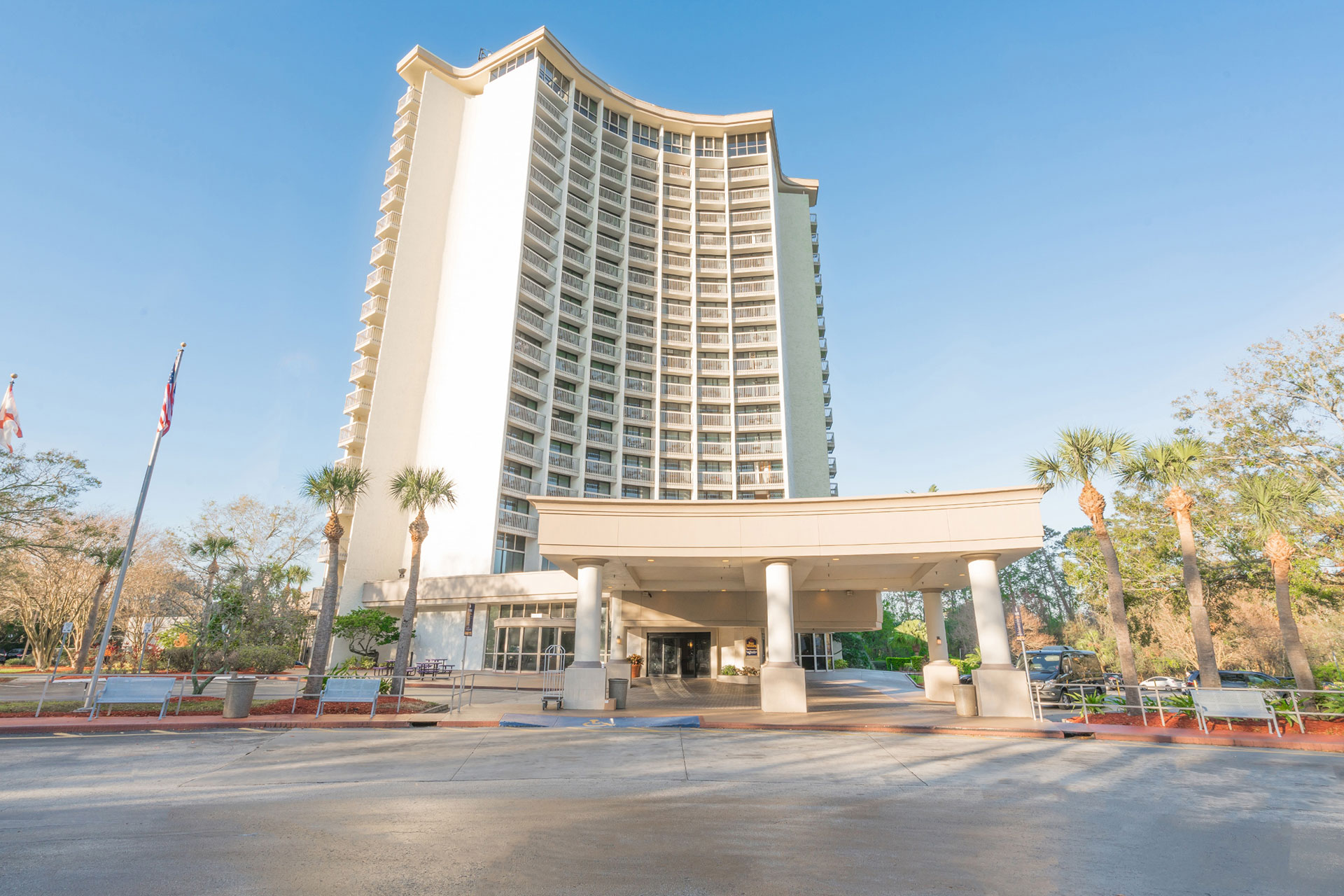 BEST WESTERN Lake Buena Vista Resort Hotel; Courtesy of BEST WESTERN Lake Buena Vista Resort Hotel