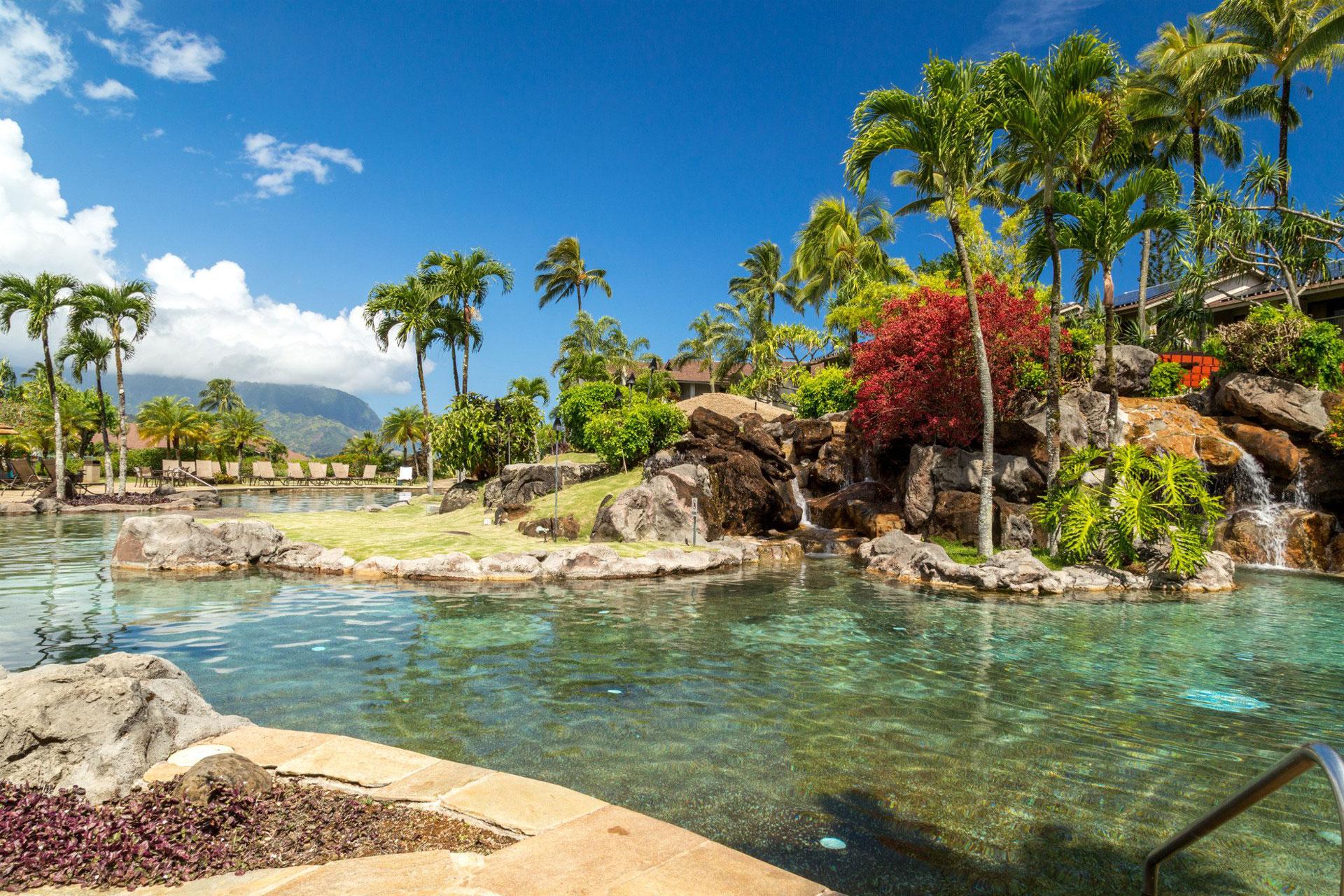 Pool at Hanalei Bay Resort; Courtesy of Hanalei Bay Resort