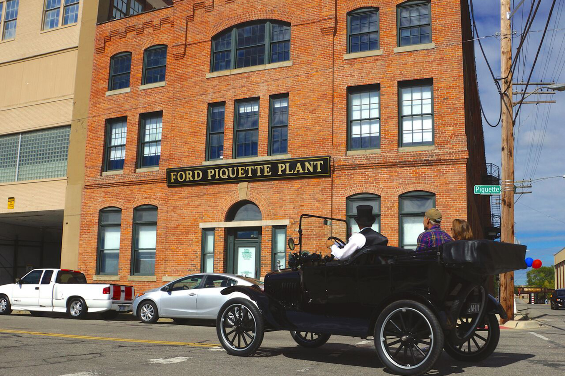 Exterior View of Ford Piquette Avenue Plant in Detroit