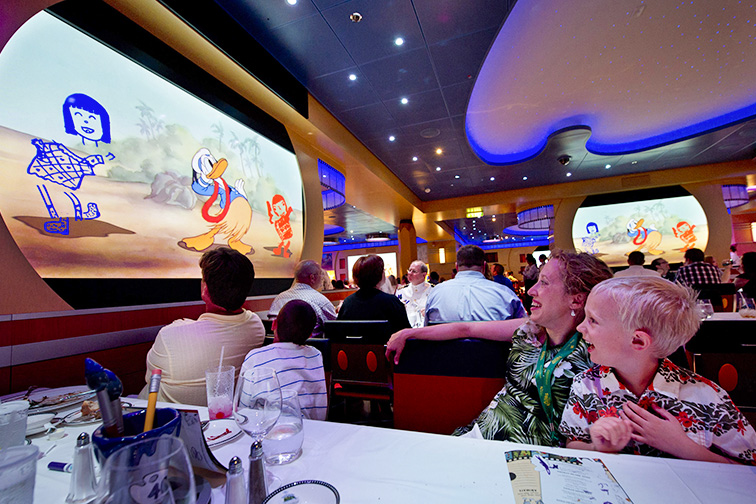 9 Coolest Cruise Ship Dining Experiences For Families