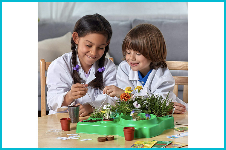 Amazon STEM Club; Courtesy of Amazon