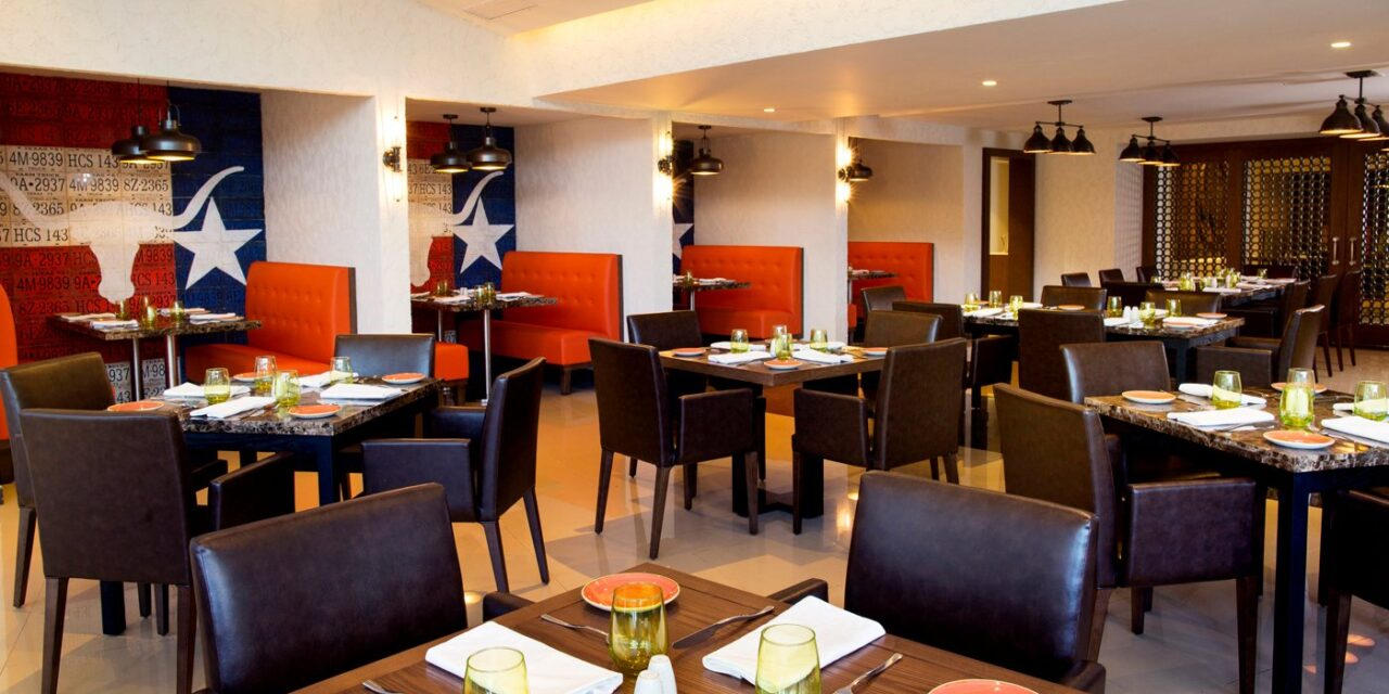 Dining at Royalton Blue Waters; Courtesy of Royalton Blue Waters